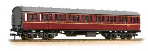 Bachmann 34-604C BR Mark 1 Suburban 2nd Open, Lined Maroon Livery, WITH PASSENGERS